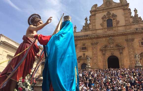 Pasqua a Modica la Madonna Vasa Vasa  a Modica